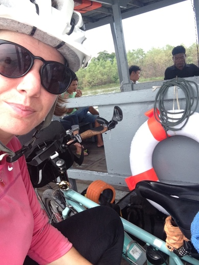 Another ferry takes me across the Chao Phraya as I near Bangkok... where a special guest was waiting :)